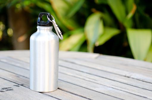 L'eau, qu'apporte-t-elle à l'organisme ?